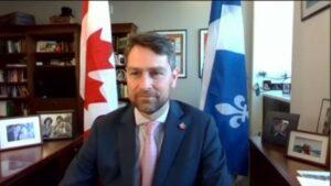 カナダの国会議員、オンライン国会中に全裸で排尿する様子を生配信してしまう「アクシデント」ーー同議員がバーチャル会議で全裸となるのは2度目