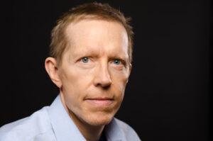 「フォース・ターニング」の著者ニール・ハウ氏:「私たちの社会は破綻局面に突入した」【インタビュー動画】